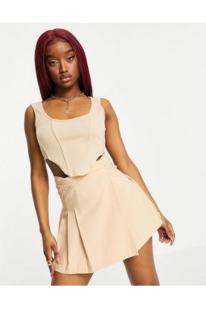 Fashionkilla Crop top a corsetto sabbia