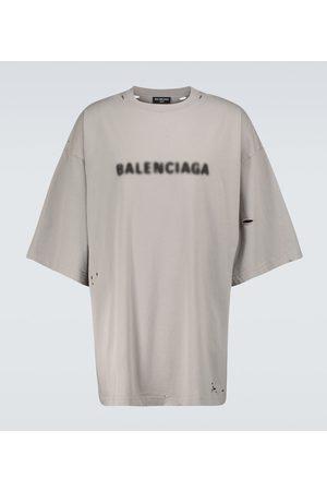 Balenciaga T-shirt ampia con logo sfocato