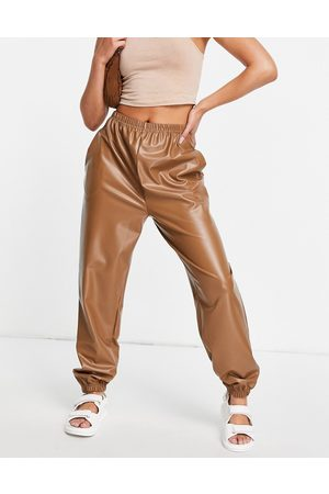 I saw it first Joggers in ecopelle PU color cammello-Neutro