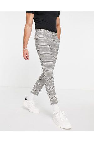 New Look Pantaloni corti slim da abito a quadri