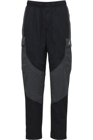 Nike Pantaloni 23 Enginereed