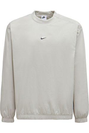Nike Top Essentials