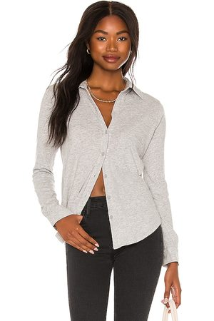 Bobi Button Up Top in - Grey. Size L (also in XS, S, M).