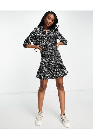 Lipsy London Donna Vestiti casual - Vestito camicia a pois con arricciature
