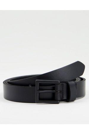 ASOS DESIGN Cintura skinny in pelle nera con fibbia opaco