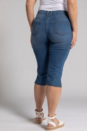 Ulla Popken Jeans Capri modello Sarah dal taglio stretto a cinque tasche