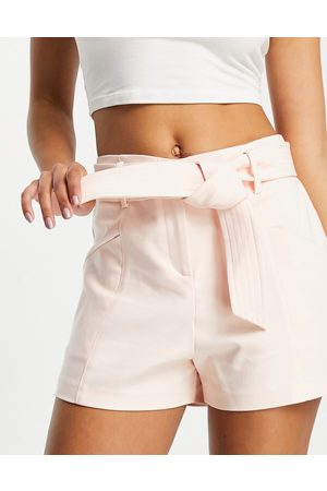 Morgan Pantaloncini sartoriali crema con cintura