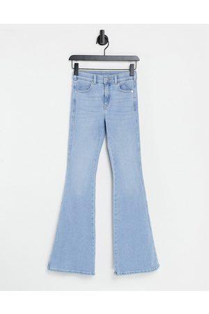 Dr Denim Macy - Jeans a zampa con vita medio alta chiaro