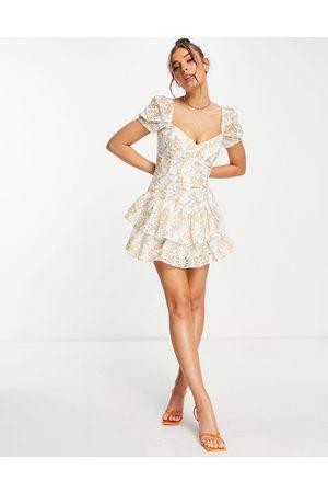 Bardot Vestito corto a fasce con corsetto e maniche a sbuffo arancione bruciato a fiori