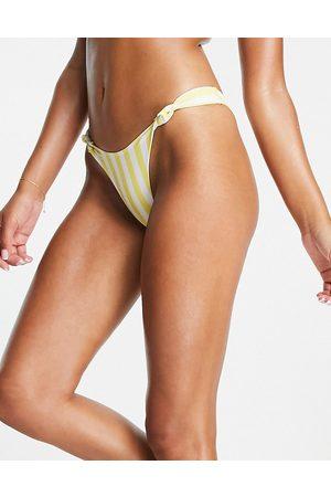 Playful Promises Slip bikini gialli a righe