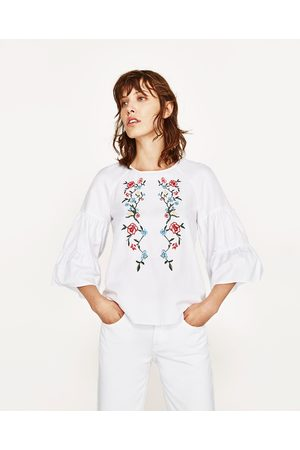 Donna Tops - Zara EMBROIDERED TOP WITH FLARED SLEEVES