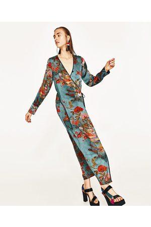 e7797cf5994533 Vestito nero fiori zara – Modelli alla moda di abiti 2018